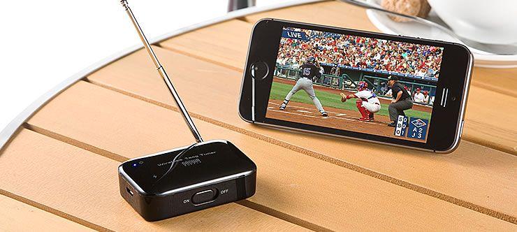 サンワサプライは5月12日、Android / iPhoneの両方で使えるポータブルワンセグチューナー「400,1SG003」を発売しました。販売価格は8,315円+税で、サンワダイレクト