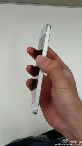 サムスン、GalaxySに代わり新たに投入するフラッグシップGalaxy Alphaで再びiPhoneデザインを丸パクり
